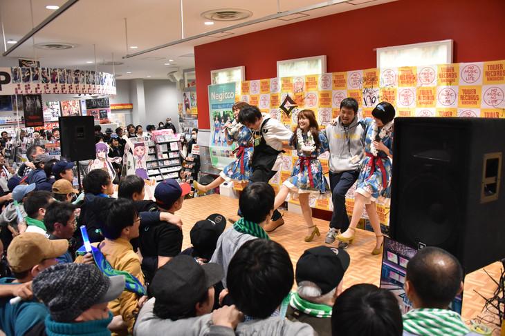 T-Palette Records × タワーレコード錦糸町店 閉店惜別インストアイベント「ありがと、またね。錦糸町!」最終日の様子。