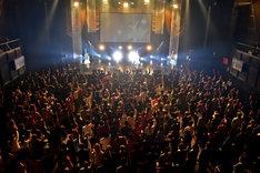 """東京女子流 エキシビジョン公演「""""DISCOGRAPHY"""" CASE OF TGS -TGS33~TGS68-」の様子。"""