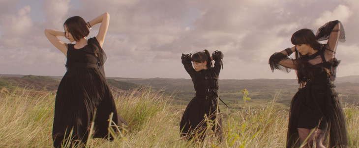 Perfume「無限未来」ミュージックビデオのワンシーン。