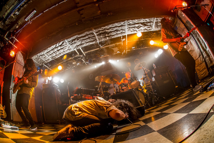 "G-FREAK FACTORY「G-FREAK FACTORY""風林花山""TOUR 2017-2018」東京・新宿LOFT公演の様子。(Photo by HayachiN)"