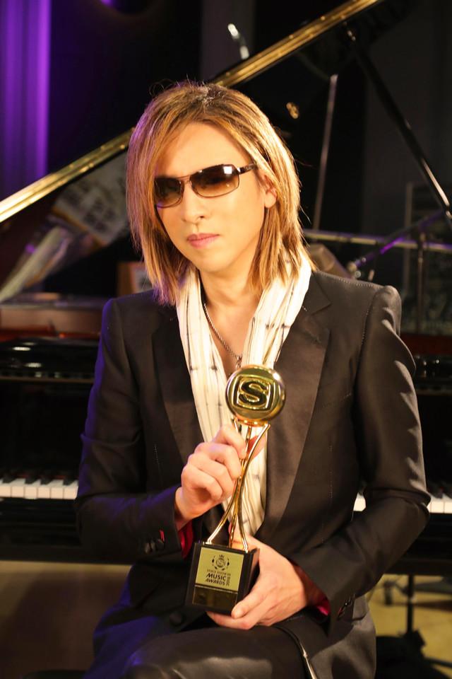 映画「WE ARE X」で「BEST MUSIC FILM」を受賞したYOSHIKI(X JAPAN)。