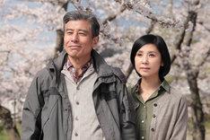 映画「終わった人」キービジュアル。主演の舘ひろし(左)と黒木瞳(右)。(c)2018「終わった人」製作委員会