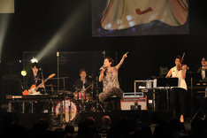 「The Unforgettable Day 3.11」の様子。(写真提供:SME Records)