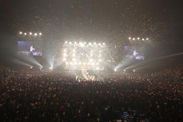 """「エレファントカシマシ 30th ANNIVERSARY TOUR 2017""""THE FIGHTING MAN""""FINAL」の様子。(撮影:大森克己)"""