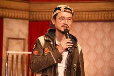 ロッソ役のペトロールズの長岡亮介(Vo, G)。