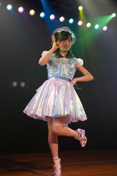 AKB48が5月30日にリリースする52thシングル(タイトル未定)のセンターに抜擢された小栗有以。 (c) AKS