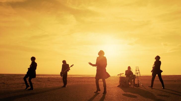lynch.「SORROW」ミュージックビデオのワンシーン。