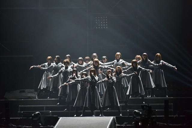 「欅坂46 2nd YEAR ANNIVERSARY LIVE」4月8日公演の様子。