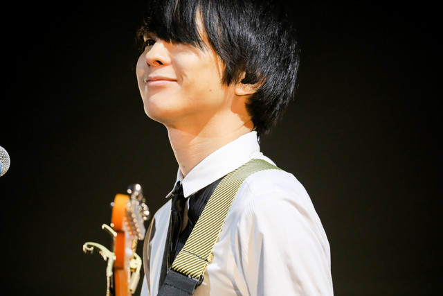 斎藤宏介(Vo, G)(Photo by Viola Kam [V'z Twinkle])