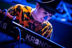 H ZETT M(Piano)(Photo by Yuta Ito)