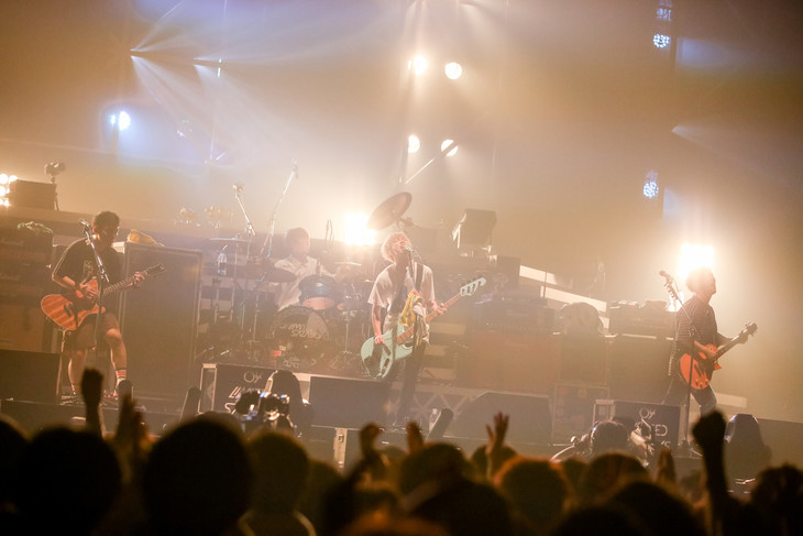 「04 Limited Sazabys 10th Anniversary Live」愛知・日本ガイシホール公演の様子。