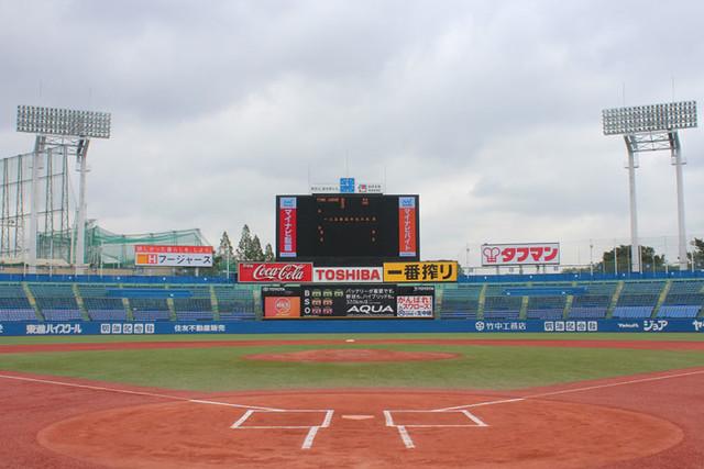 東京・明治神宮野球場