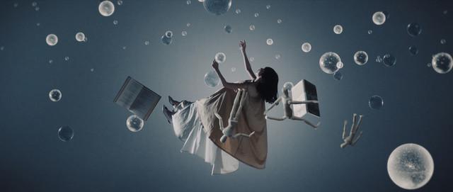 ストレイテナー「タイムリープ」MVのワンシーン。