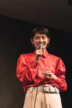コムアイ(Photo by Mariko Kurose)