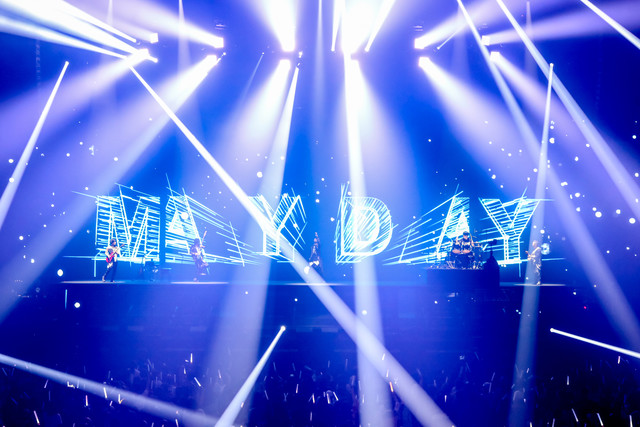 「MAYDAY 2018 LIFE TOUR in TOKYO」の様子。(Photo by Viola Kam [V'z Twinkle])