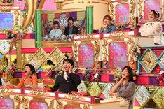 久本雅美率いる「芸人チーム」。