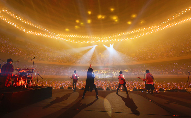 「MAYDAY 2018 LIFE TOUR in TOKYO」5月20日公演の様子。