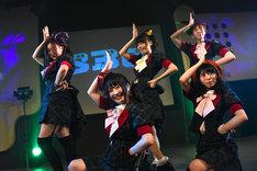 ベボガ!「五月雨BigBanG! in 東京」東京・渋谷duo MUSIC EXCHANGE公演の様子。