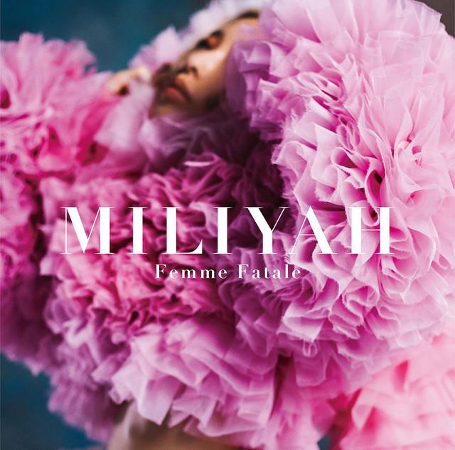 加藤ミリヤ「Femme Fatale」通常盤ジャケット