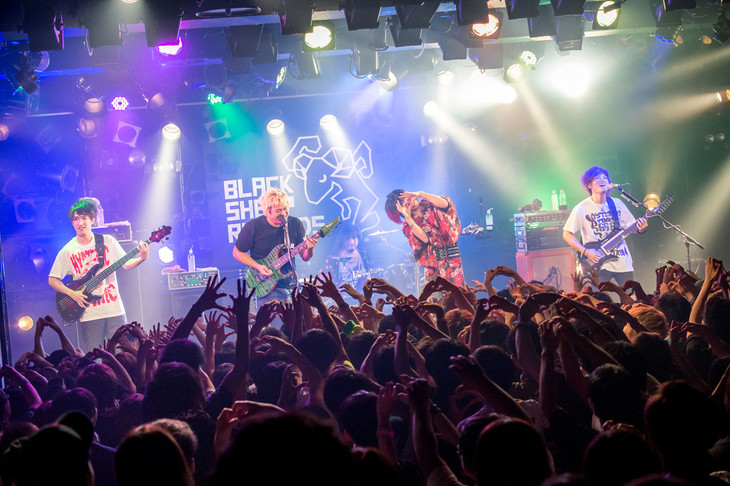 「BLACK SHEEP RECORDS presents We are here!」愛知・名古屋CLUB QUATTRO公演の様子。(撮影:ヤオタケシ)