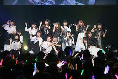本日7月4日の愛知・Zepp Nagoya公演の様子。(c)AKS