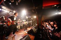"""ネモトラボルタ「""""ズッコケ3人組""""ネモトラ大ドラム感謝祭!」の様子。(Photo by Aichi Hirano)"""