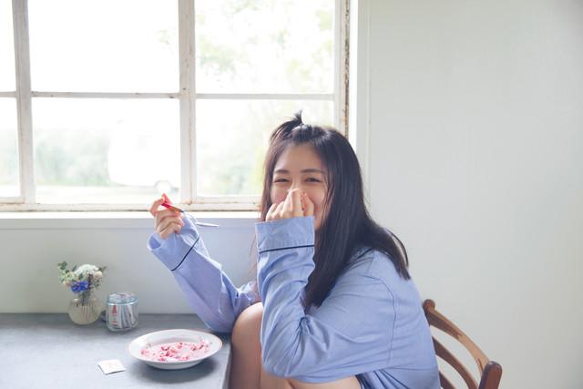 「KEYAKI ~2018 SummerツアーメモリアルBOOK~」に掲載される長濱ねるのソロカット。