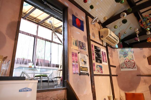 bar bonoboの2階の座敷スペース。