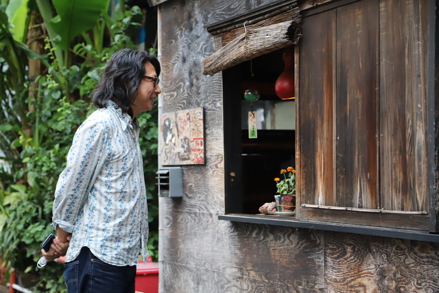 bar bonoboのオーナーである成浩一。