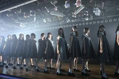 STU48出張公演より、東京・AKB48劇場公演の様子。(c)AKS