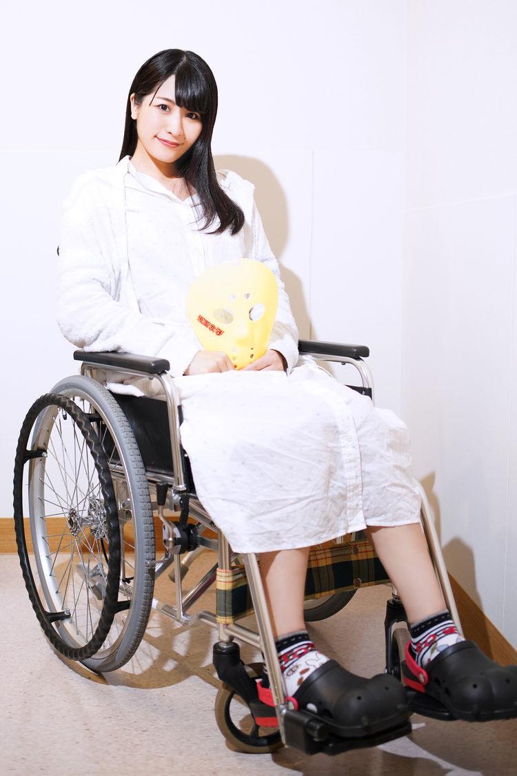 """音楽ナタリー            """"車椅子のアイドル""""仮面女子・猪狩ともかの1年間に「ザ・ノンフィクション」が密着"""