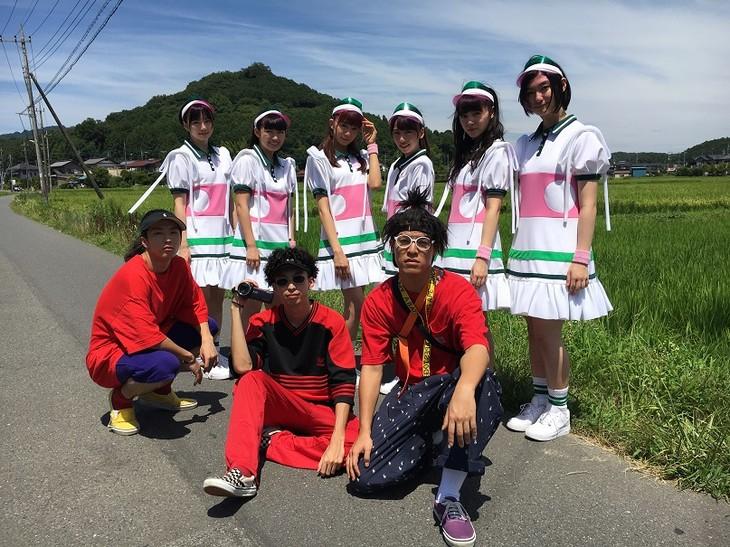 私立恵比寿中学とSUSHIBOYS。