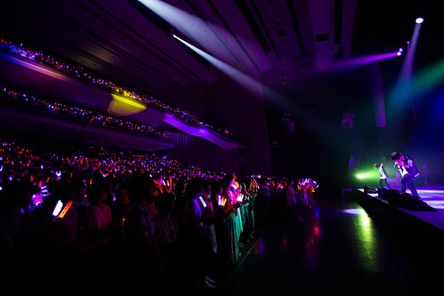 天月-あまつき-「サマーパーティー2018~ぼくらの家へようこそ!~」大阪公演の様子。