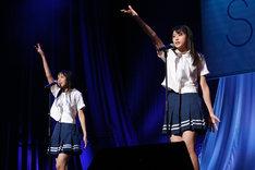 左から福田朱里、瀧野由美子。(c)STU