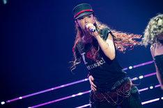 人気画像1位は「安室奈美恵がついに引退、沖縄でファン魅了した最後のライブパフォーマンス」より、安室奈美恵。