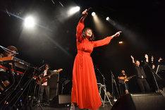 脇田もなり「2ndアルバム『AHEAD!』リリース・ツアー・ファイナル&脇田もなりソロ2周年」の様子。