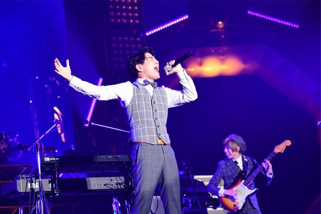 Official髭男dism (c)テレビ朝日 ドリームフェスティバル 2018 / 写真:岸田哲平