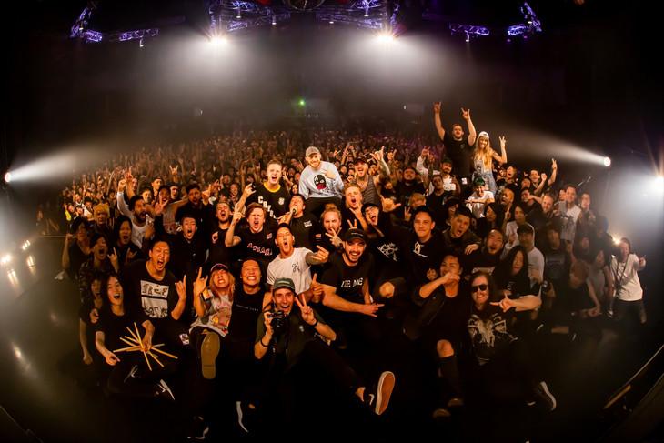 """「TRUE NORTH FESTIVAL 2018」終演後の記念写真。(Photo by Takashi""""TAKA"""" Konuma)"""