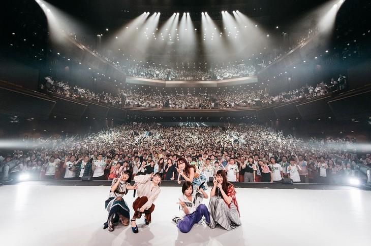 Little Glee Monster「Little Glee Monster Live Tour 2018~Calling!!!!!」東京・オリンパスホール八王子公演の様子。(Photo by Yusuke Sato)
