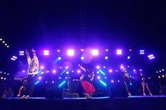 DJダイノジのステージで熱唱するナヲ(ドラムと女声と姉 / マキシマム ザ ホルモン)。