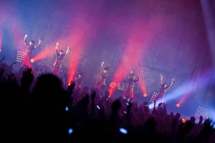 "「BRiNG iCiNG SHiT HORSE TOUR FiNAL ""THE NUDE""」東京・中野サンプラザホール公演の様子。(撮影:外林健太)"