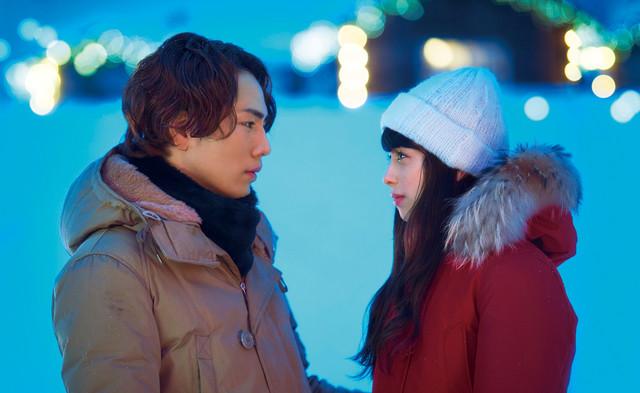 映画「雪の華」のワンシーン。(c)2019 映画「雪の華」製作委員会