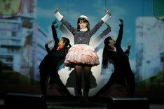 道重さゆみ「SAYUMINGLANDOLL~東京~」初日公演の様子。(写真提供:アップフロント)