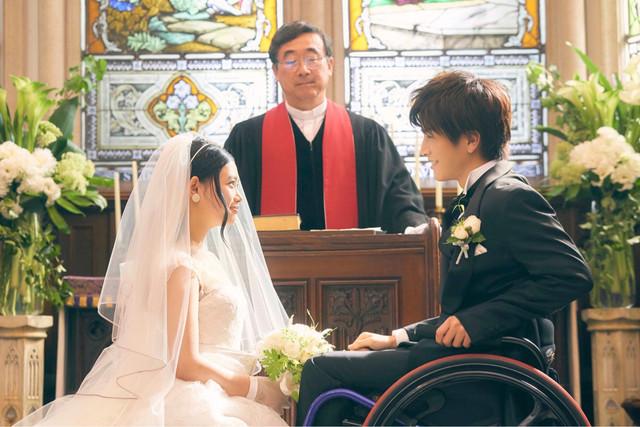 映画「パーフェクトワールド 君といる奇跡」の場面写真。