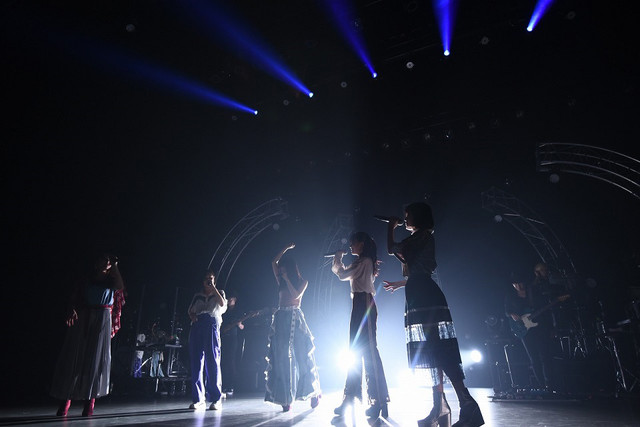 Little Glee Monster「Little Glee Monster Live Tour 2018~Calling!!!!!」東京・東京国際フォーラム ホールA公演の様子。(Photo by Yusuke Sato)