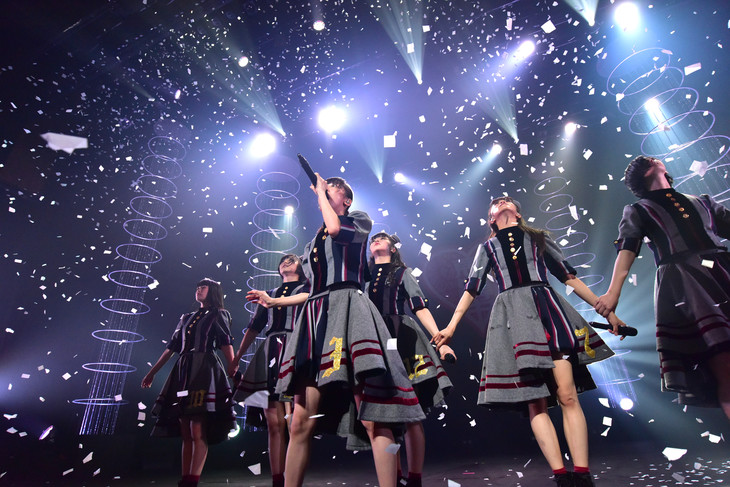 「私立恵比寿中学秋のツアー2018 ~9年目、義務教育からの卒業~」初日公演の様子。
