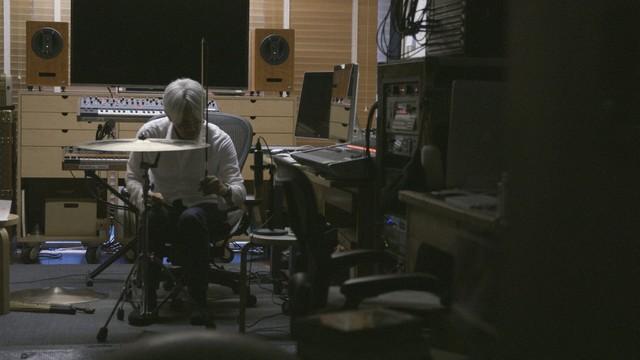 https://cdnx.natalie.mu/media/news/music/2018/1106/coda3_fixw_640_hq.jpg