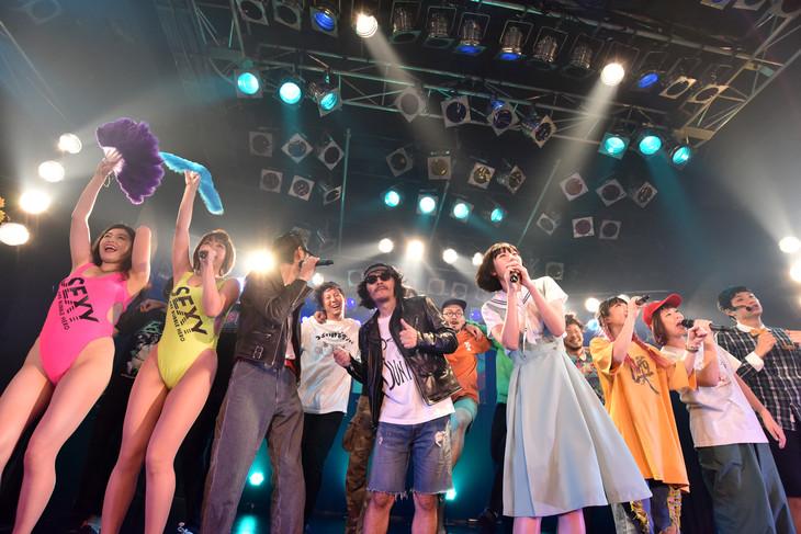 「カオスフェス presents 夢眠祭前夜祭 supported by ヴィレッジヴァンガード」の様子。