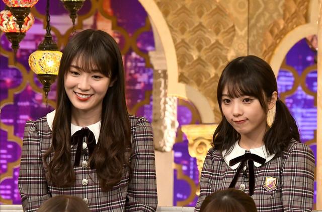左から乃木坂46の高山一実と与田祐希。(c)TBS