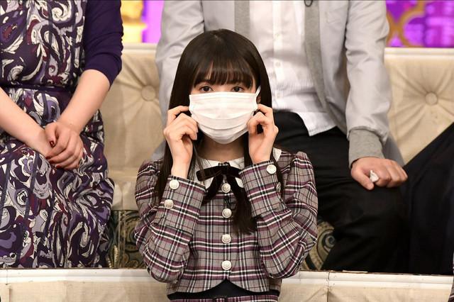 マスクを付けた齋藤飛鳥(乃木坂46)。(c)TBS